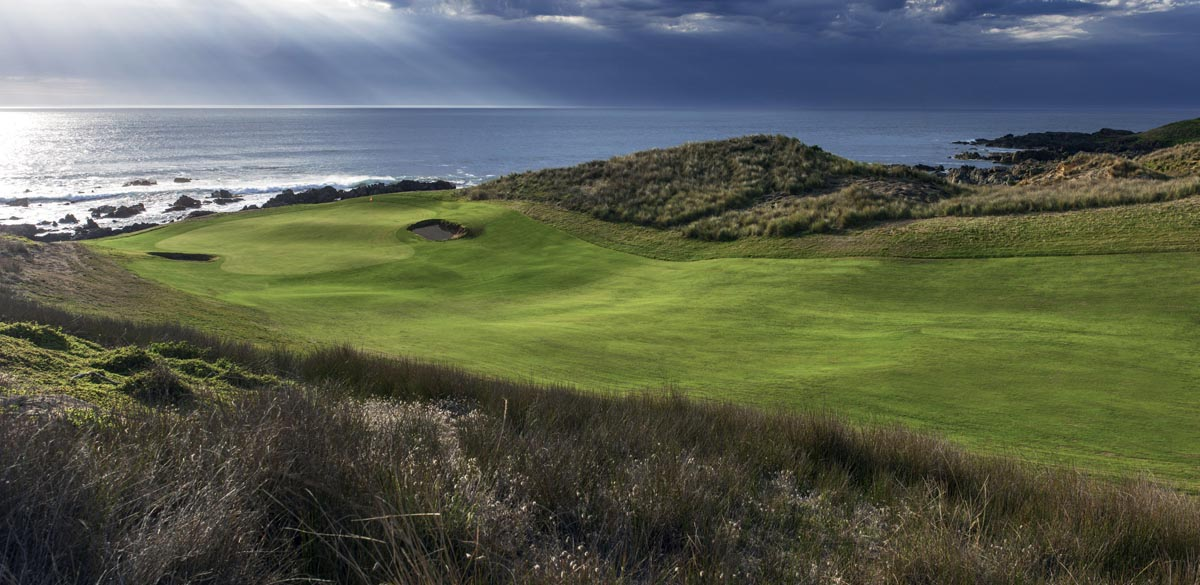 """Featured image for """"A King Hit – Cape Wickham & Ocean Dunes, King Island"""""""